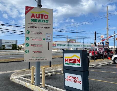 Auto Servicio de El Meson Sandwiches
